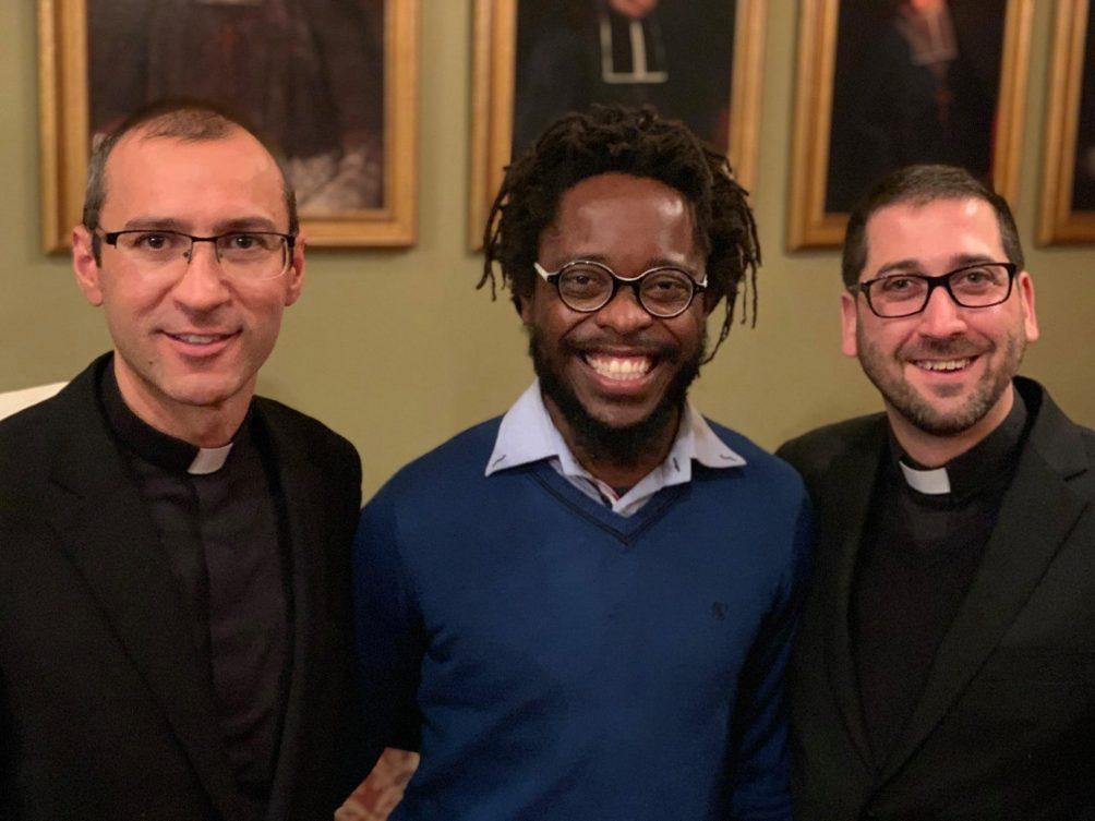 Vitoriano Salazar, Léandre Syrieix et François Proulx seront ordonnés diacres le 7 décembre prochain.